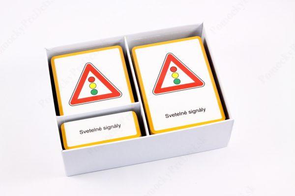 Dopravné značky - otvorená krabička